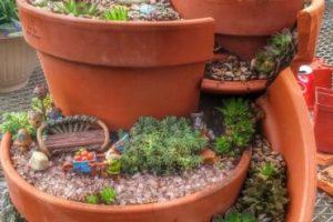 Rhymeprose en un Jardín de Paisaje en Miniatura